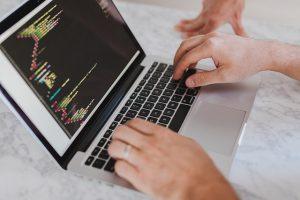 HTML Code auf Laptop